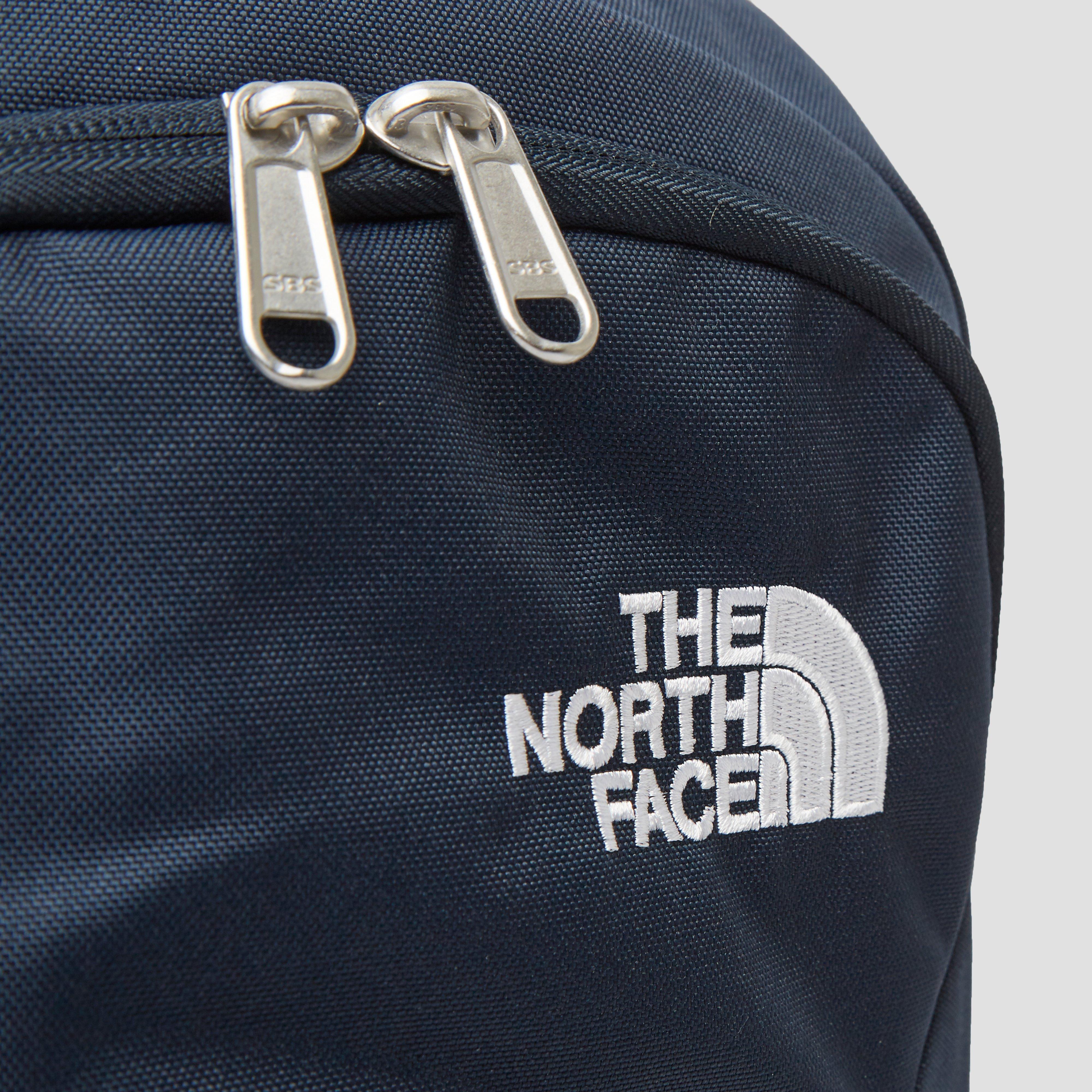 THE NORTH FACE RODEY DAYPACK 27 LITER BLAUW