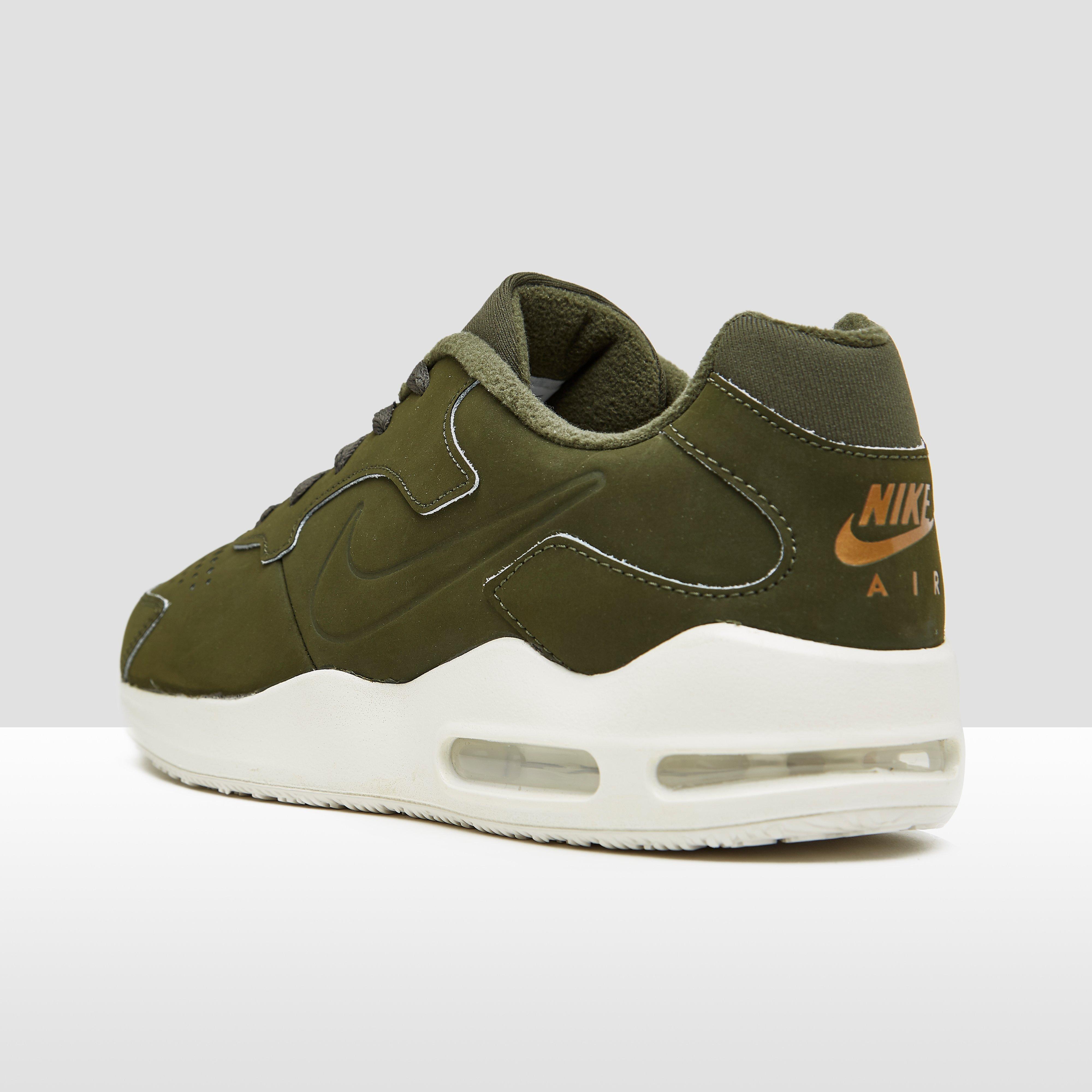 Tanjun Chaussures Vert Nike Pour Les Hommes gZ7cfag