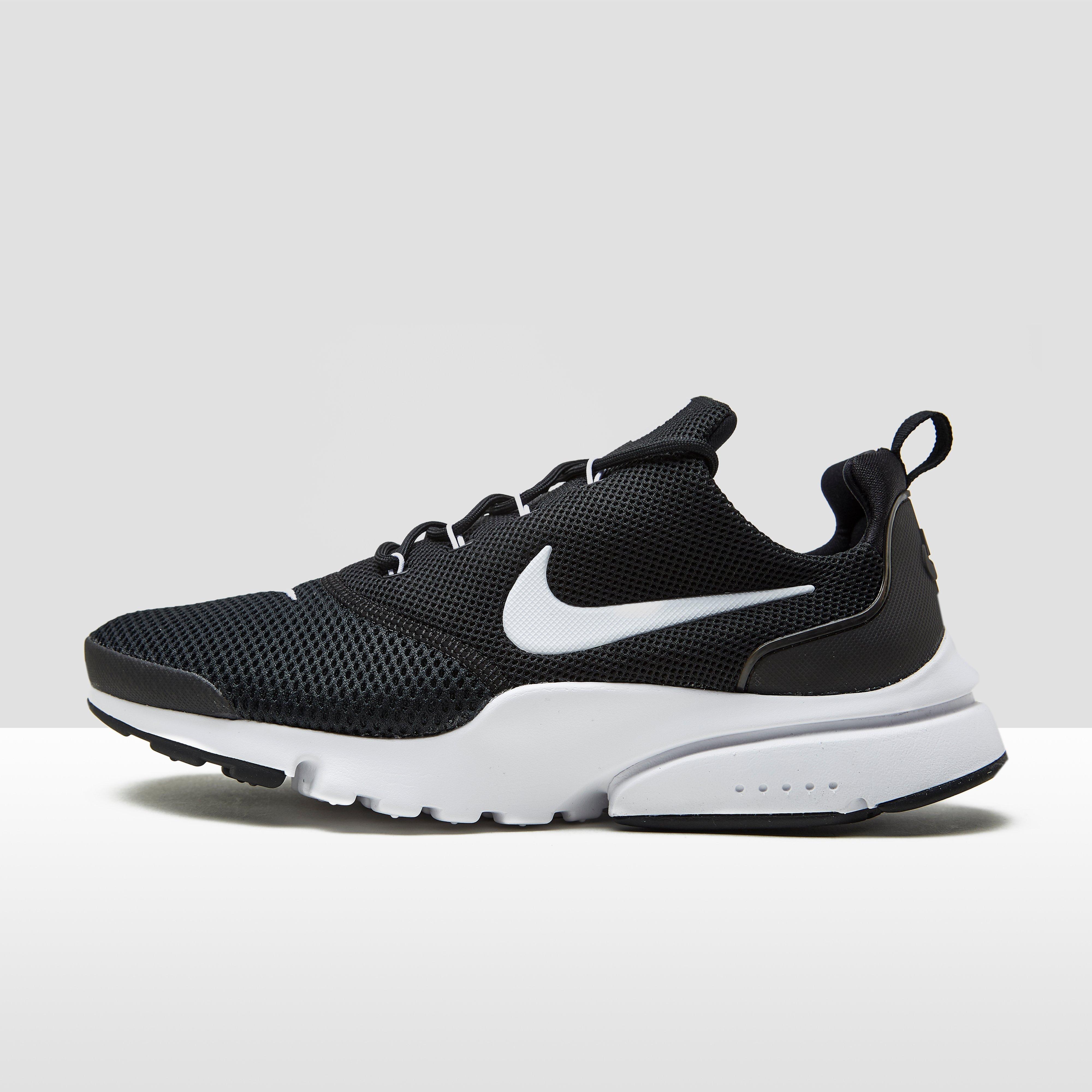 Nike Chaussures Blanc Mouche 65CBqf