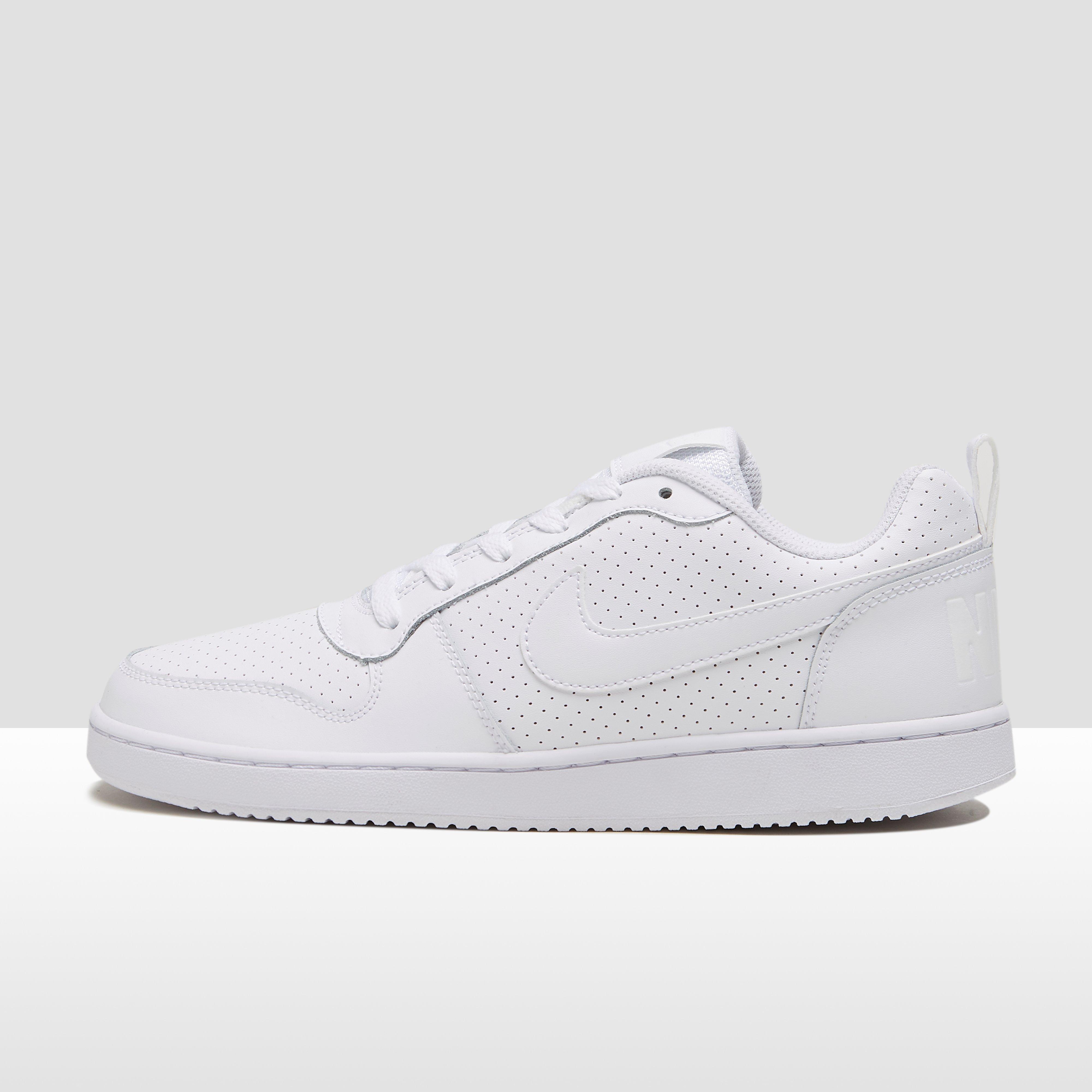 Chaussures Nike Blanches Pour Femmes 4QHjUcV