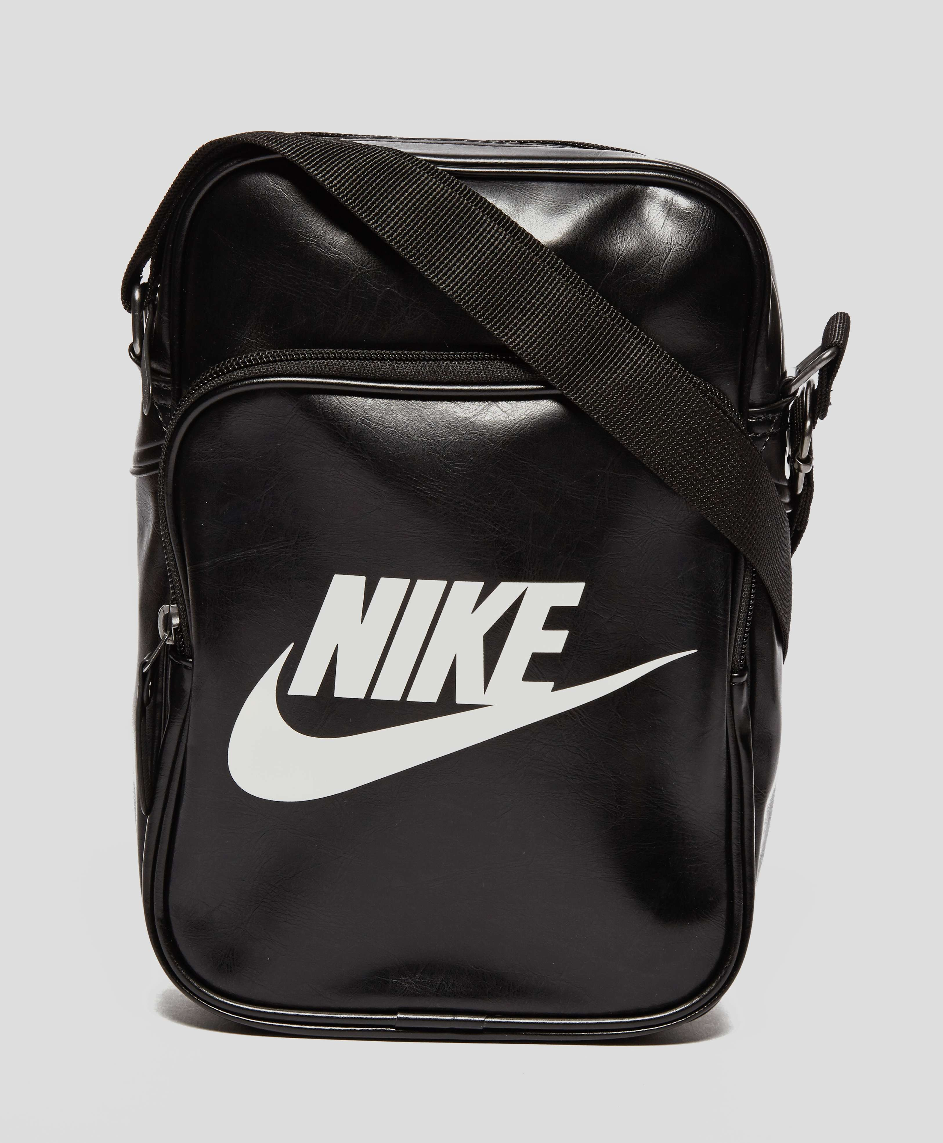 Nike Heritage Small Items Bag  d75ca72765dd4