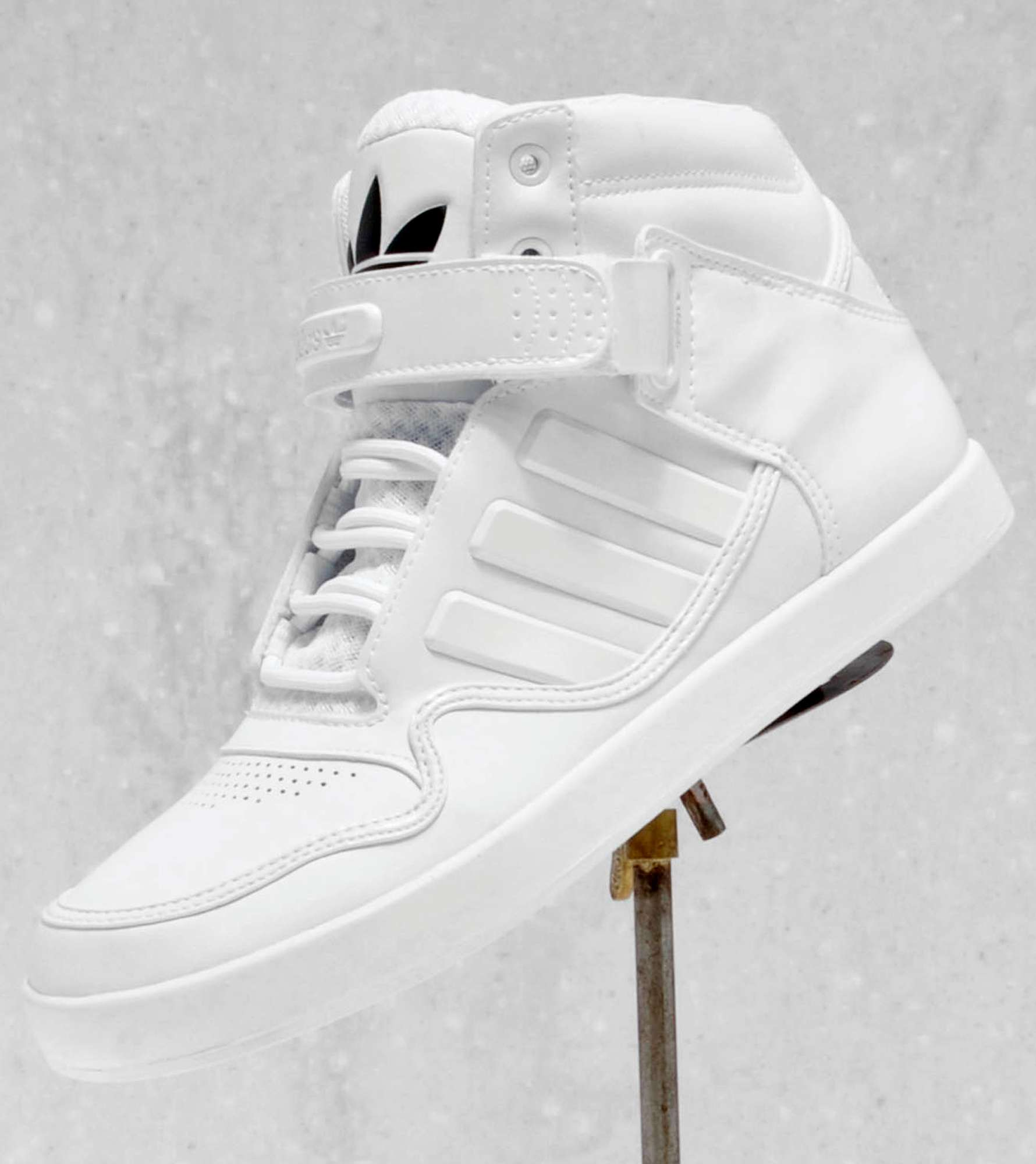 sneakers for cheap ced89 ce35a adidas Originals Adi-Rise 2.0  scotts Menswear