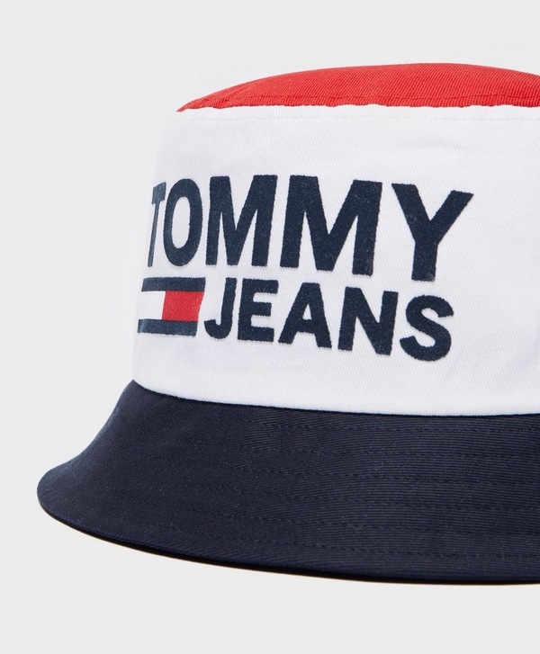 8d16db46e60 Tommy Jeans Reversible Bucket Hat
