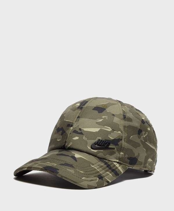 848ae24b discount code for nike sb pro camo trucker hat ec1e9 2910c; reduced nike  futura camo cap f31d7 3ea75