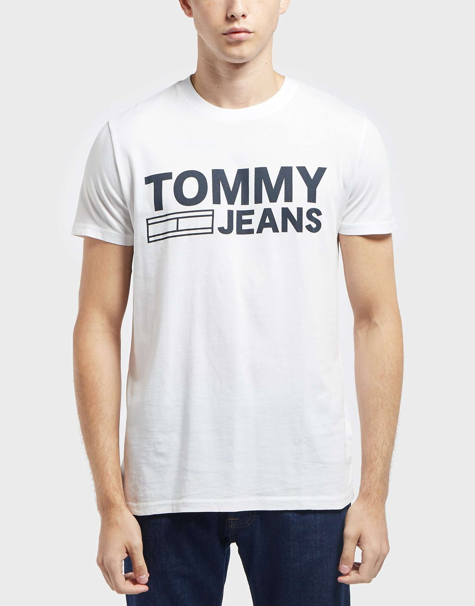 Tommy Jeans Essential Logo Short Sleeve T-Shirt