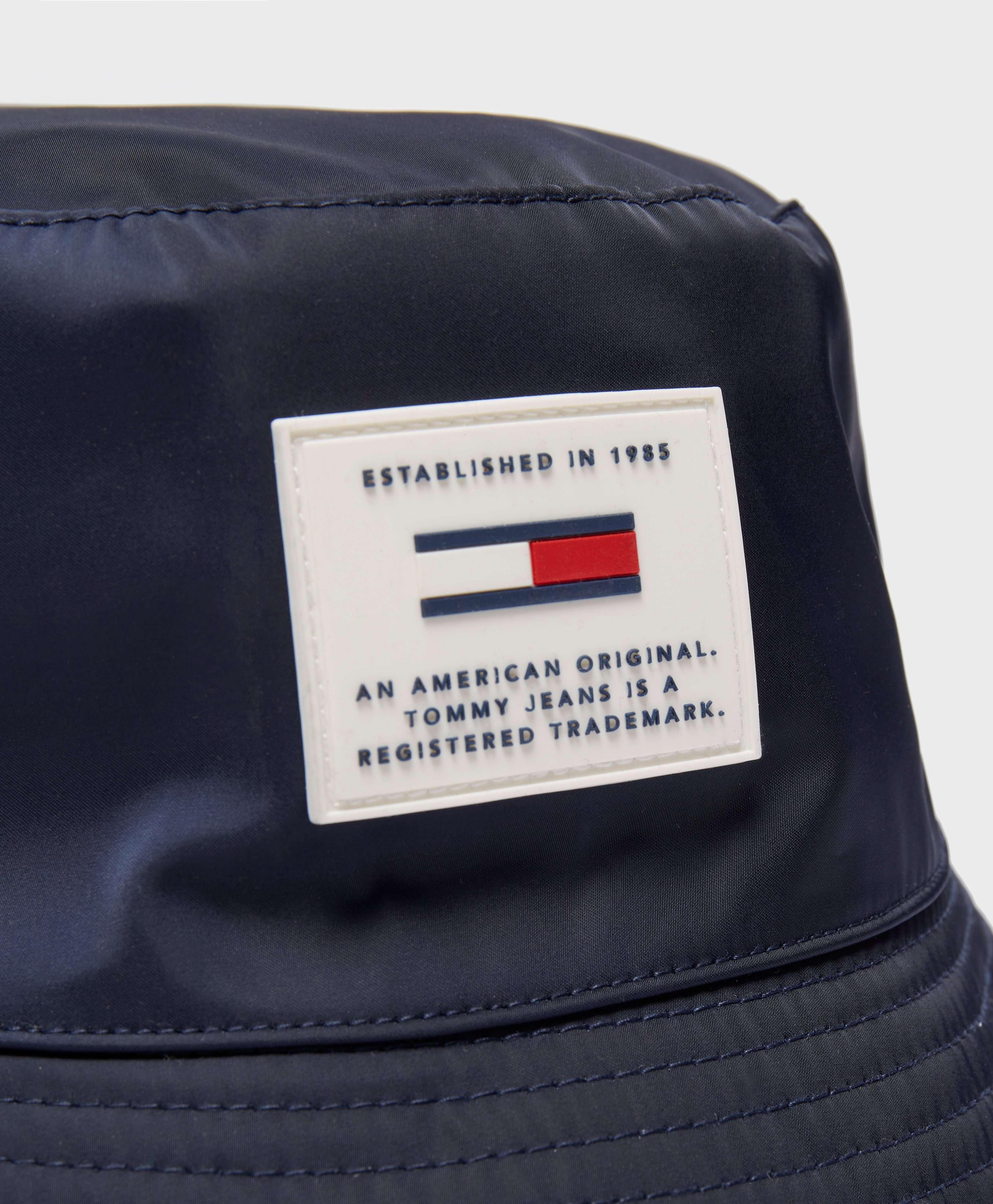 Tommy Jeans Reversible Winter Bucket Hat