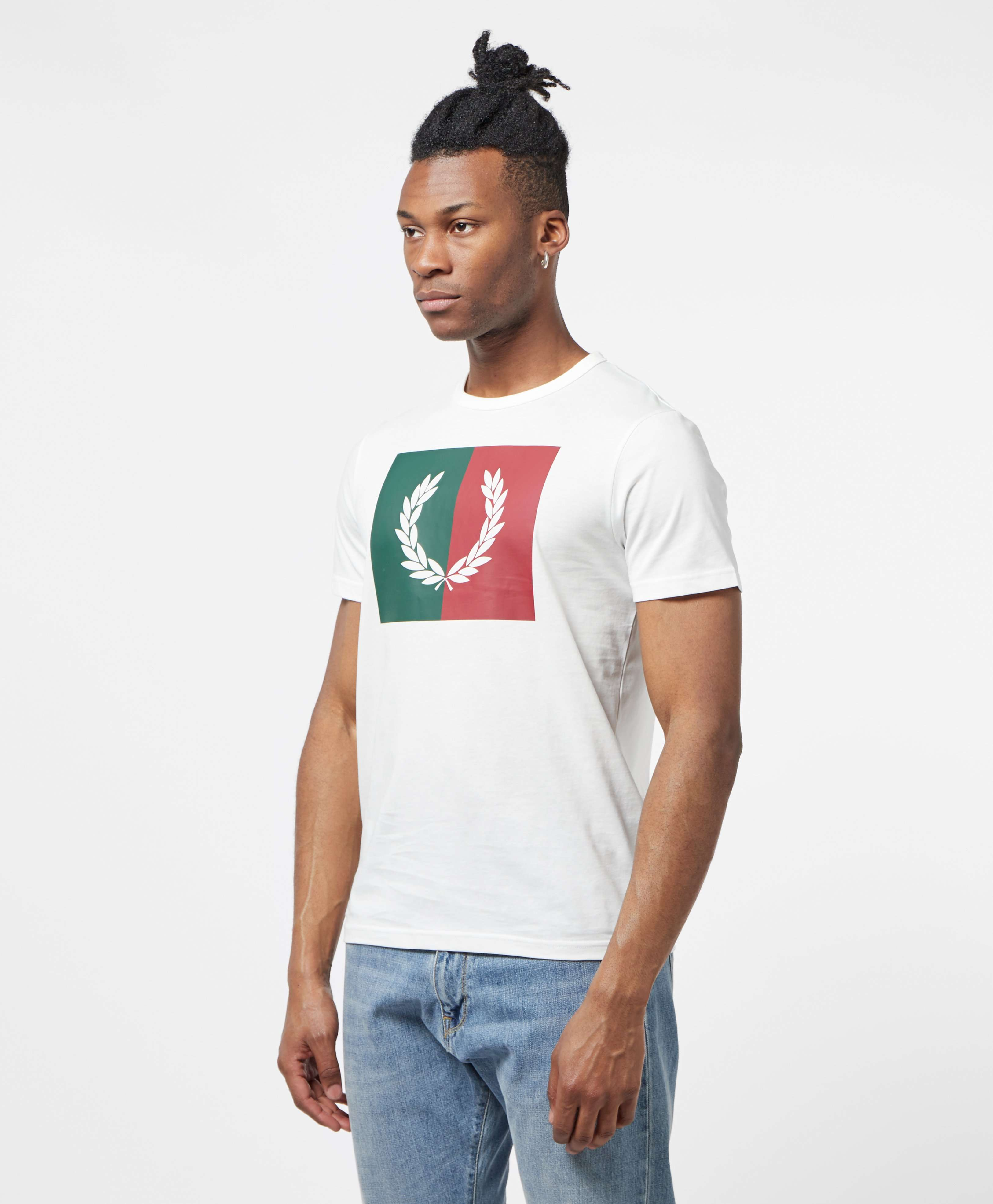Fred Perry Laurel Wreath Short Sleeve T-Shirt