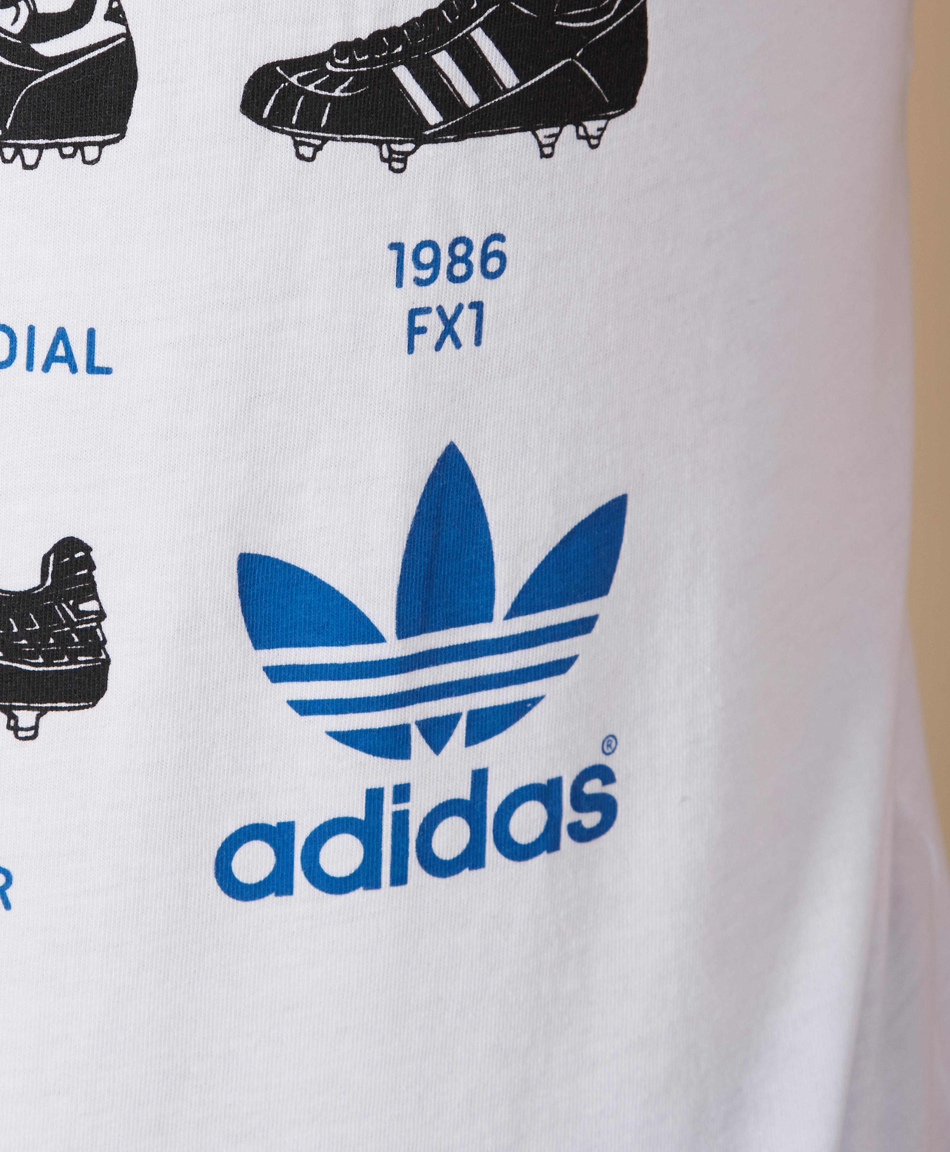 adidas history 1 Welcome to adidas shop for adidas shoes, clothing and view new collections for adidas originals, running, football, training and much more.