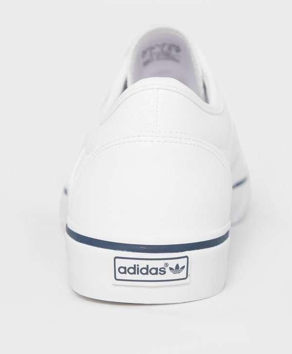 reputable site 924f1 d1151 adidas Originals Adi Ease Leather