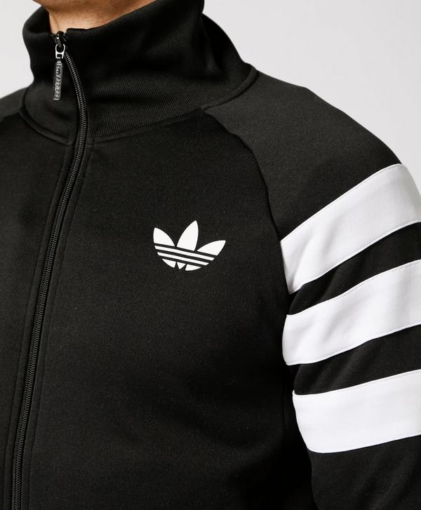fa01314cbed7 adidas Originals Trefoil 3 Stripe Track Top