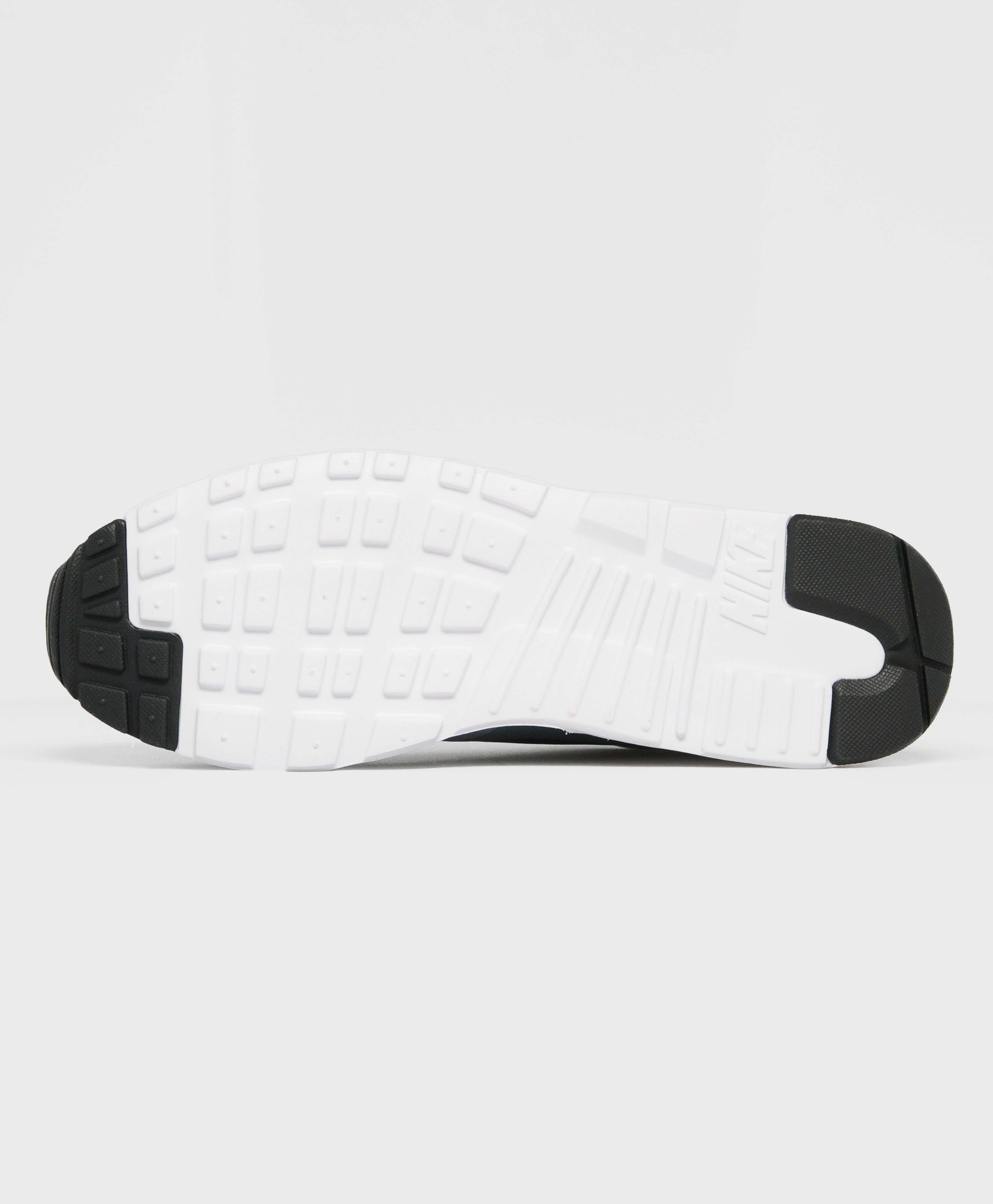 Nike Tavas Stealth