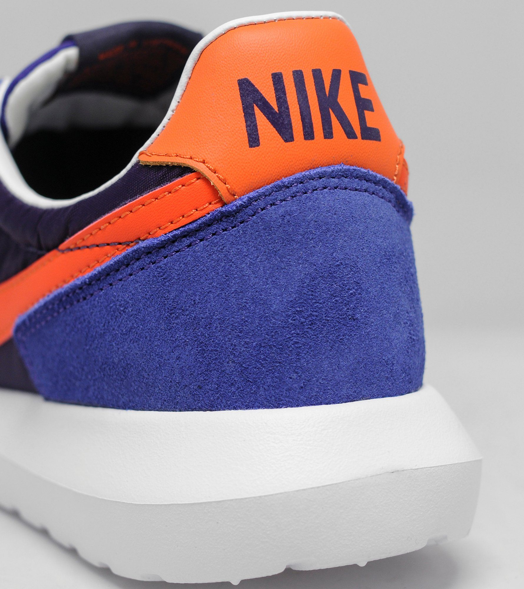 sbmva Nike Roshe Daybreak | Size?