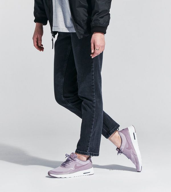 Nike Thea Textile