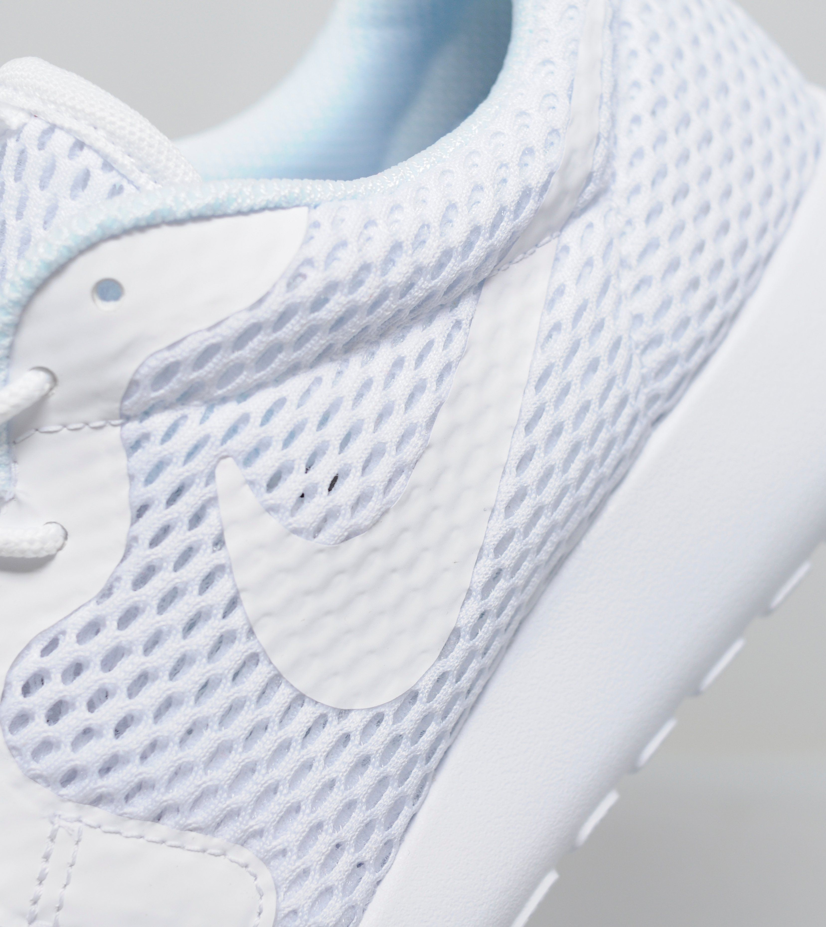 scddg Nike Roshe One Hyperfuse \'Breathe\' Women\'s   Size?
