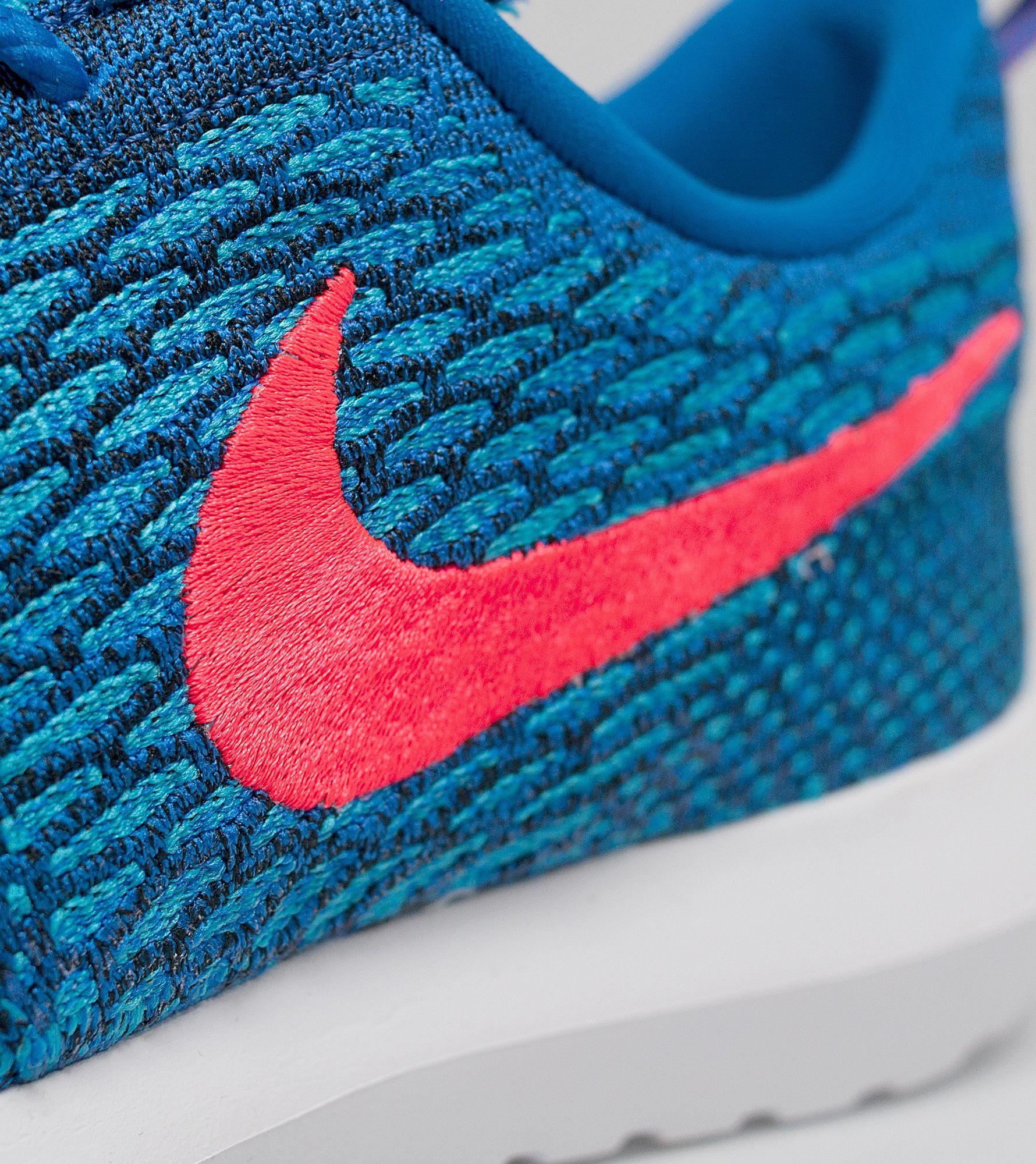 gauon Nike Roshe One Flyknit   Size?