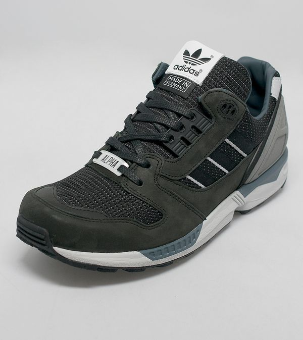 240e4cc58 ... adidas Originals ZX 8000 Alpha Fall of the Wall ...