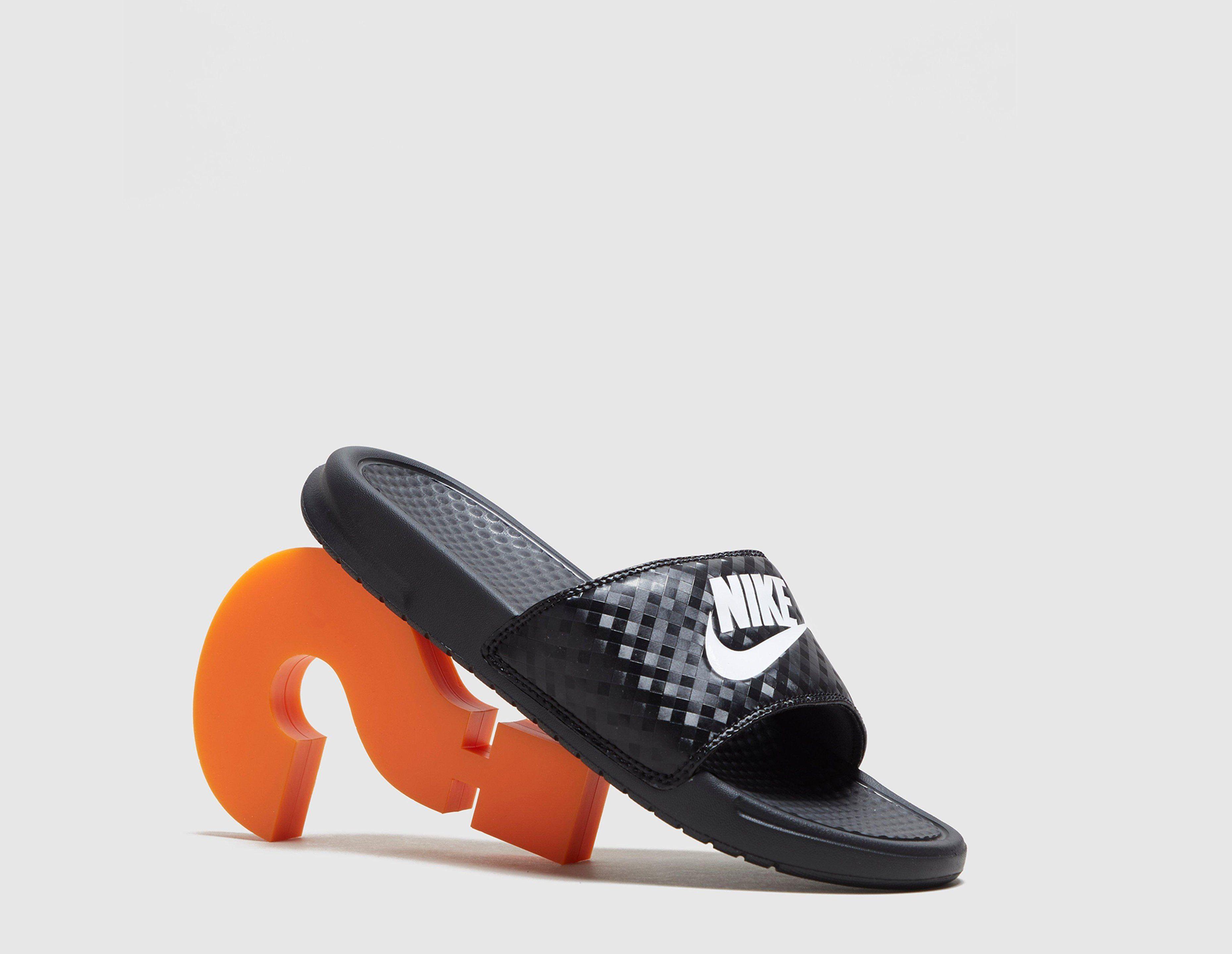 Fantastic Nike Womens Benassi JDI Slide Print Sandal | Black | Footasylum