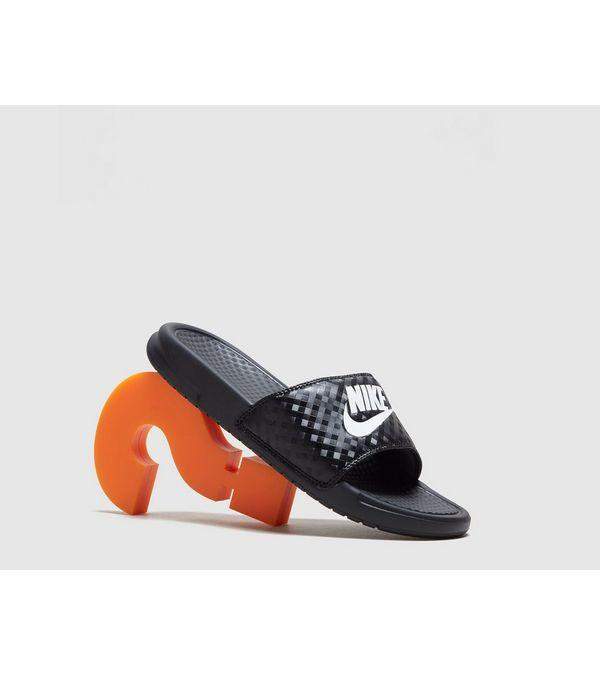 Fantastic Nike Womens Benassi JDI Slide Print Sandal   Black   Footasylum