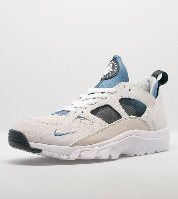best sneakers 6d197 3d7aa Nike Air Trainer Huarache Low