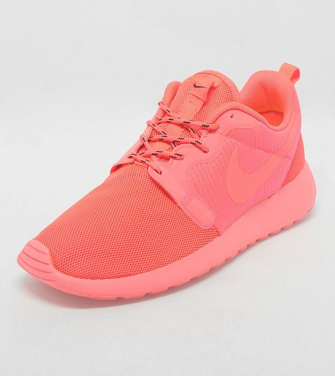 womens nike roshe run hyp green pink