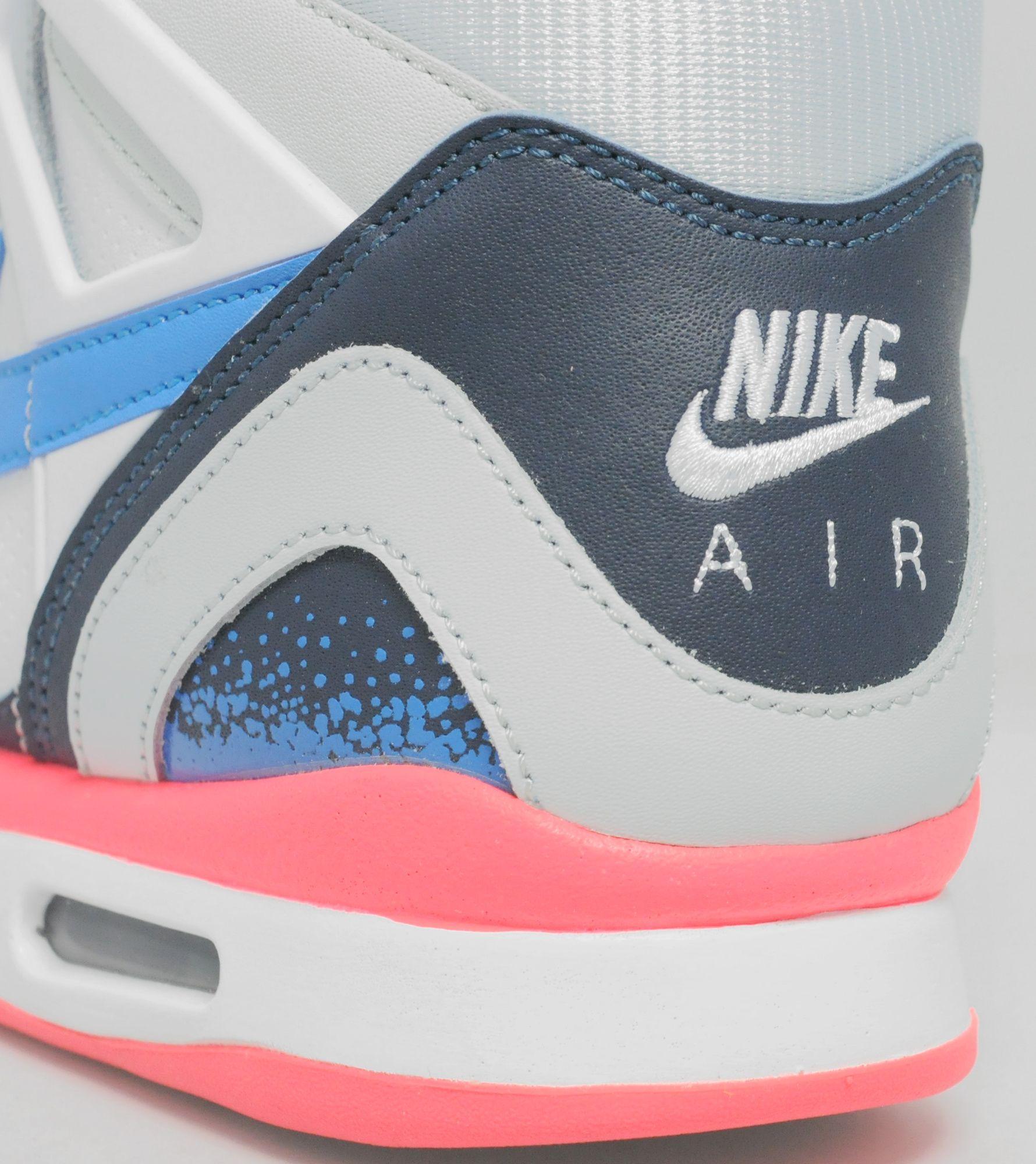 Nike Air Tech Challenge II