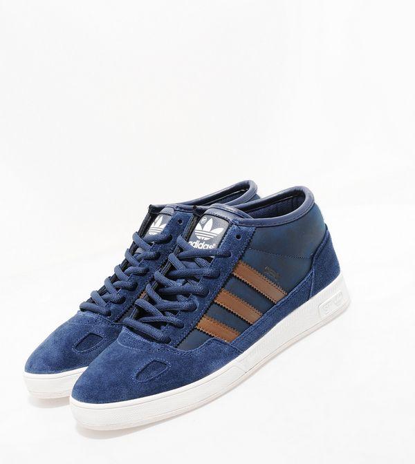 brand new 029f1 1a971 adidas Originals Ciero Mid