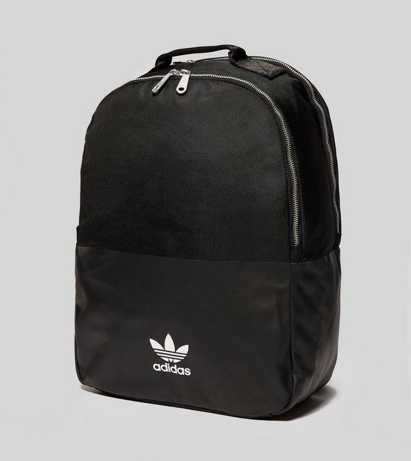 a38202079887 adidas Originals adicolor Backpack