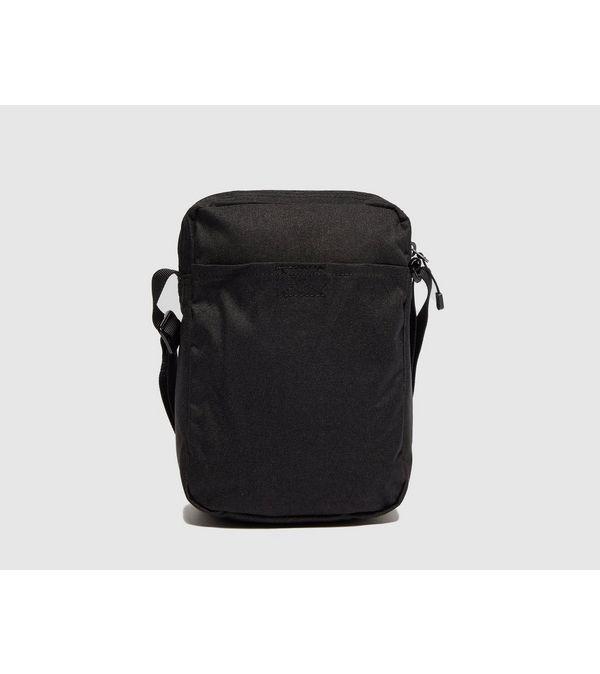 5807d58868 Nike Core Small Crossbody Bag
