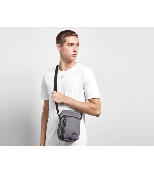 Nike Core Small Crossbody Bag  1ff760e97225e