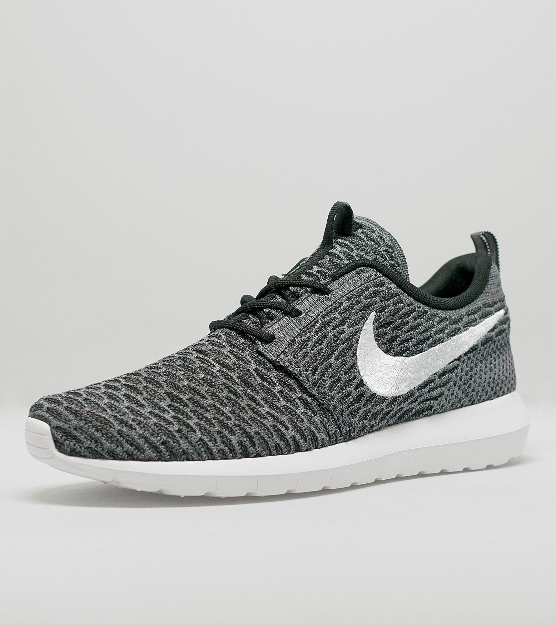 pjasz Nike Roshe One Flyknit | Size?
