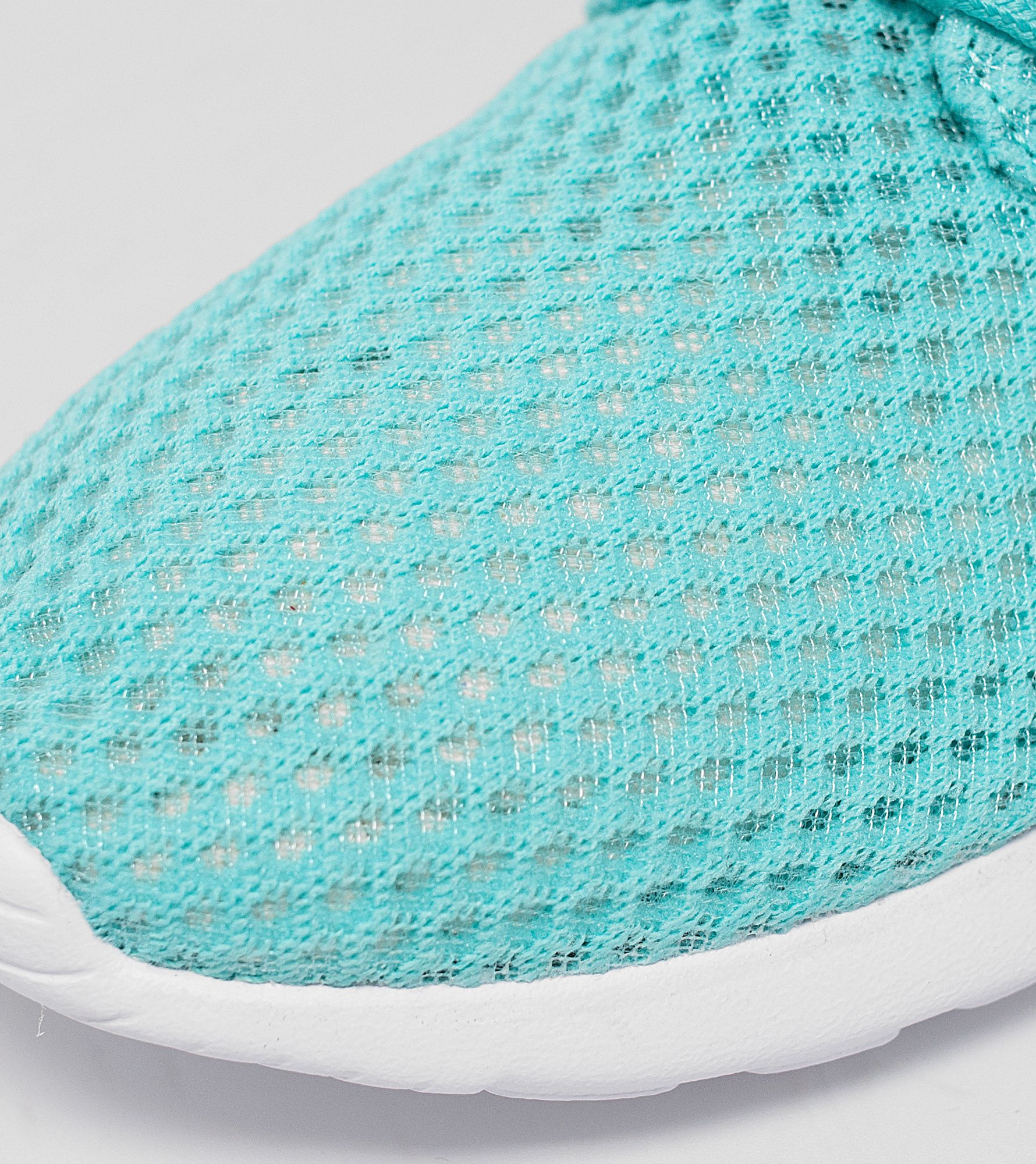 dlkkf Nike Roshe One Breeze | Size?