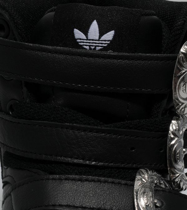fb7fd3593421 ... Adidas Originals ObyO x Jeremy Scott Forum Hi