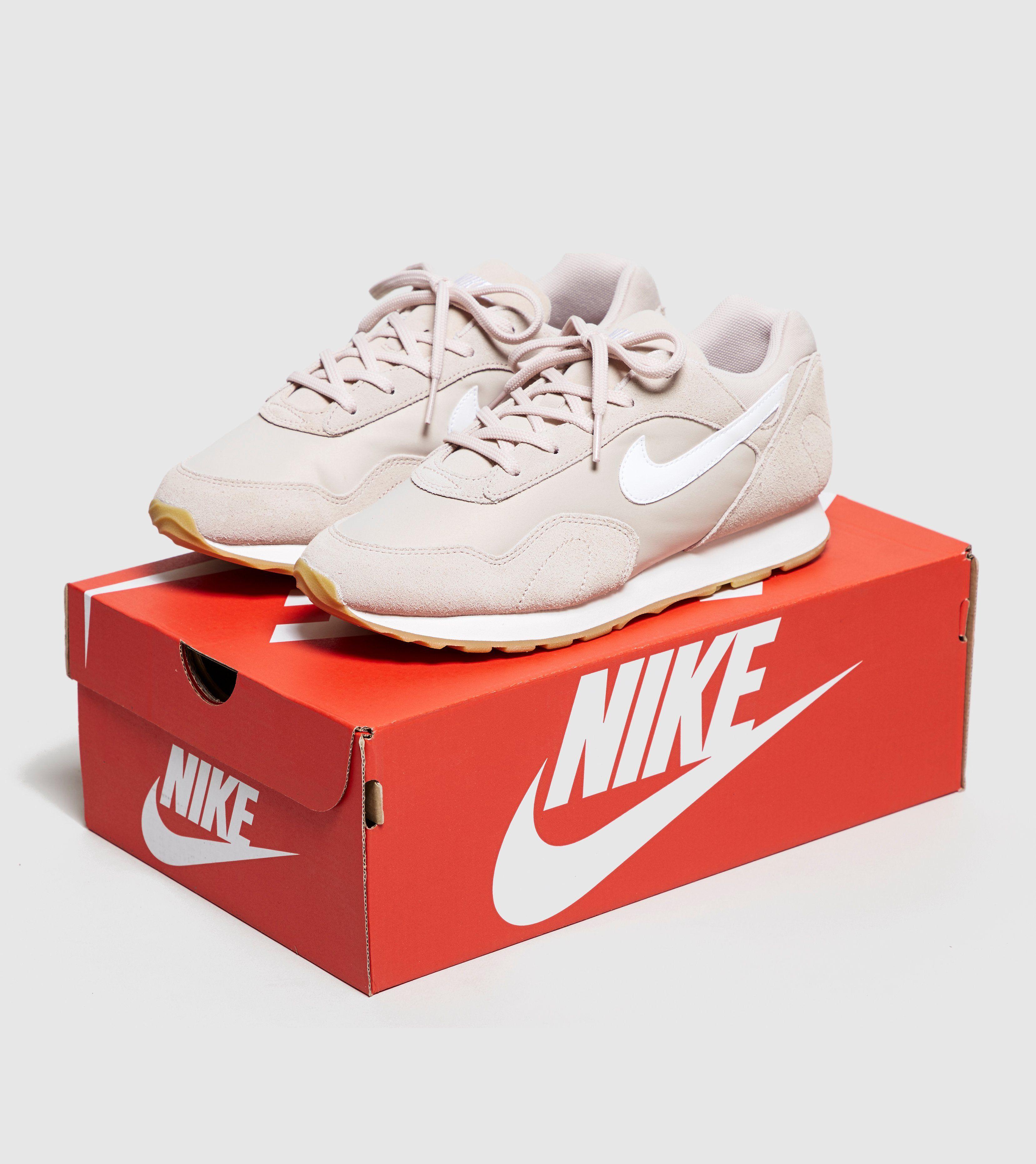 Nike Outburst Women's