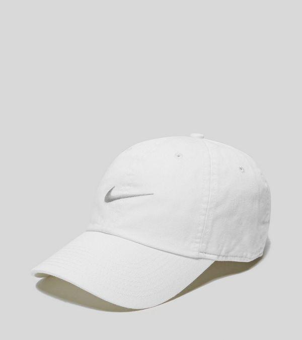 Nike Heritage Swoosh Cap  3b7190f547ec