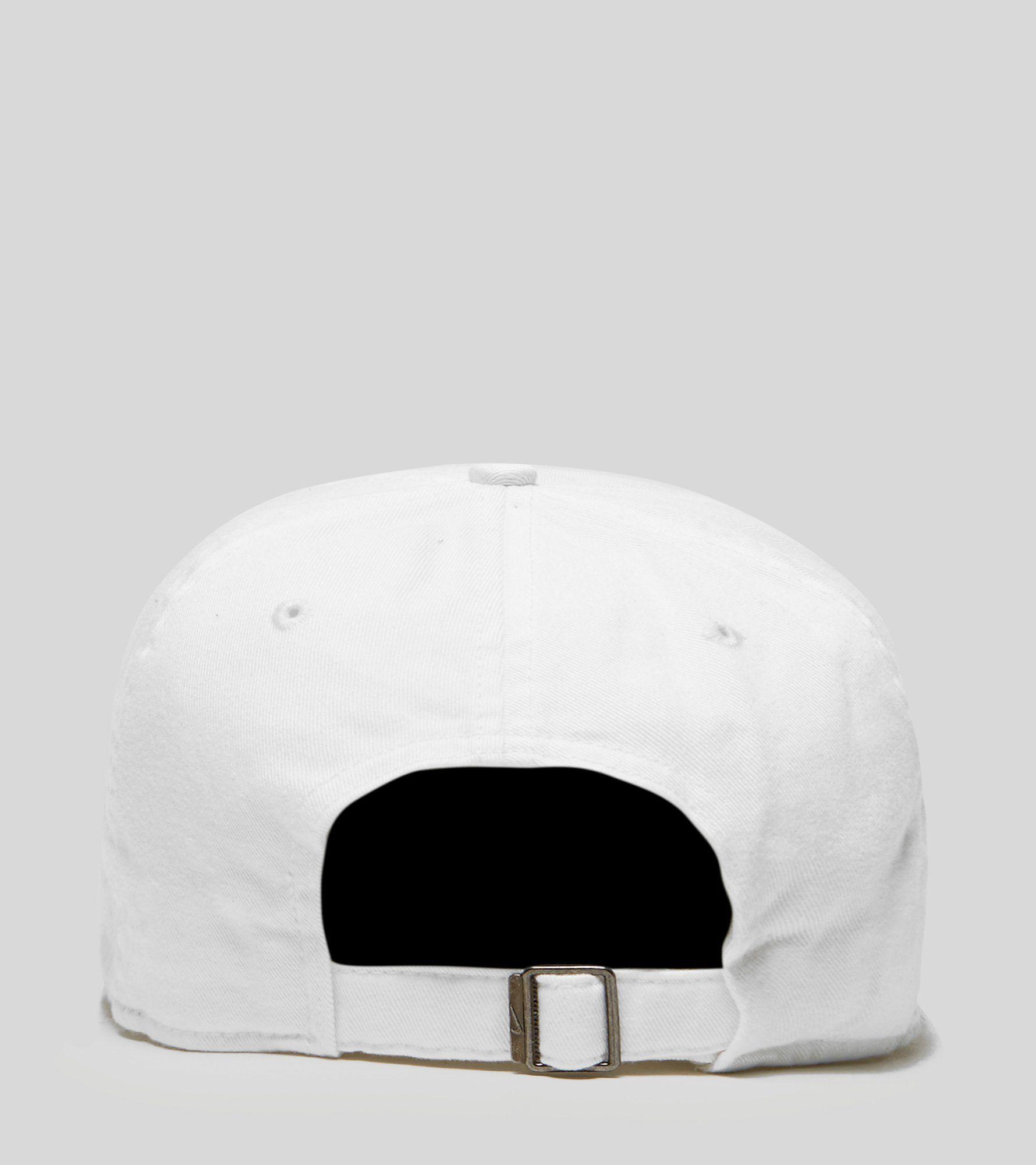 Nike Heritage Swoosh Cap