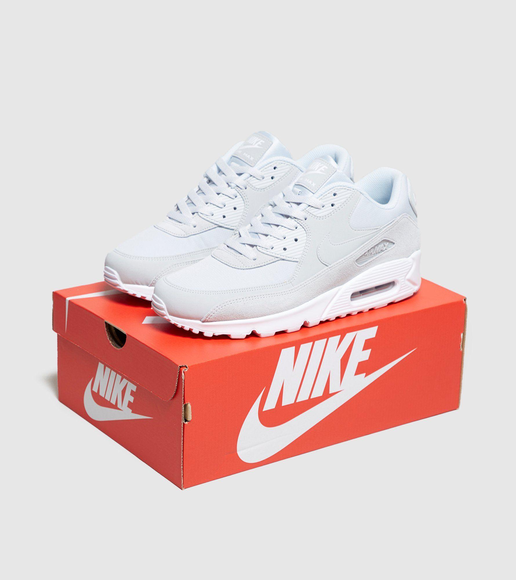 Nike Air Max 90 Essential