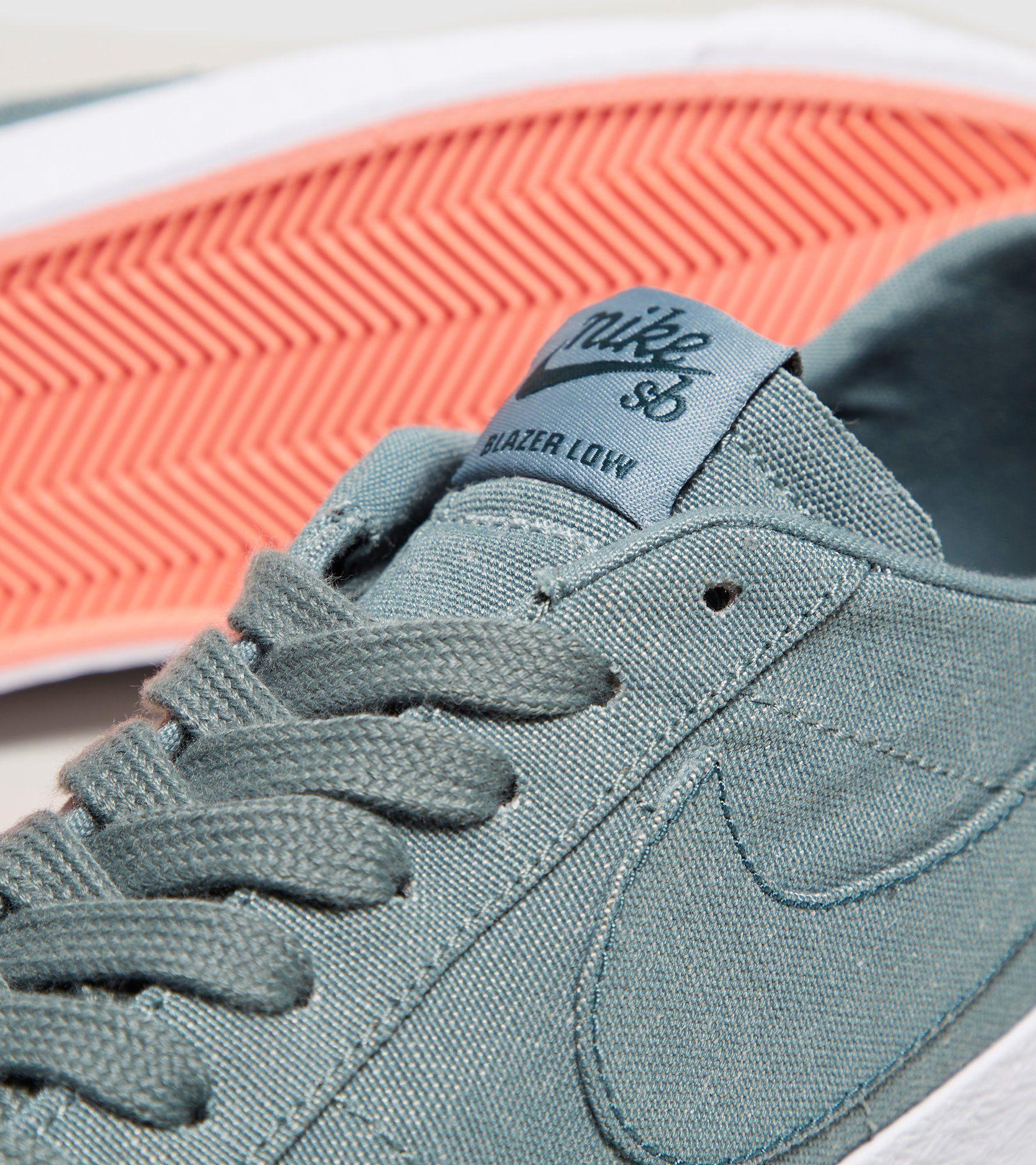 Nike SB Blazer Low Canvas Deconstructed