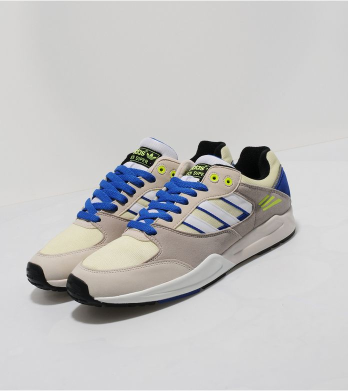 Adidas Tech Super Avis