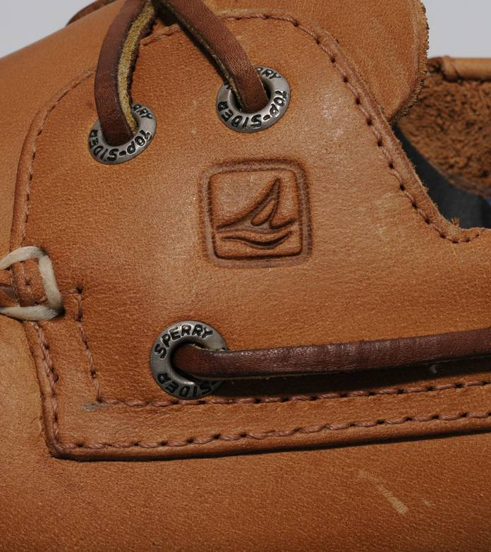 Sperry Authentic Original 2 Eye Leather Boat Shoe