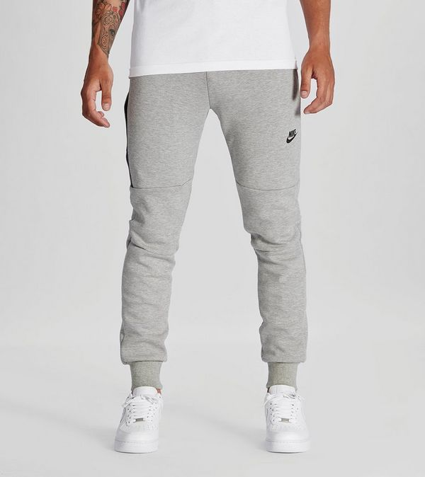 Nike Tech Fleece Pants  5029d33f8