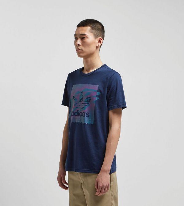 77982090ca8 adidas Originals 90s Tennis Logo Short Sleeve T-Shirt