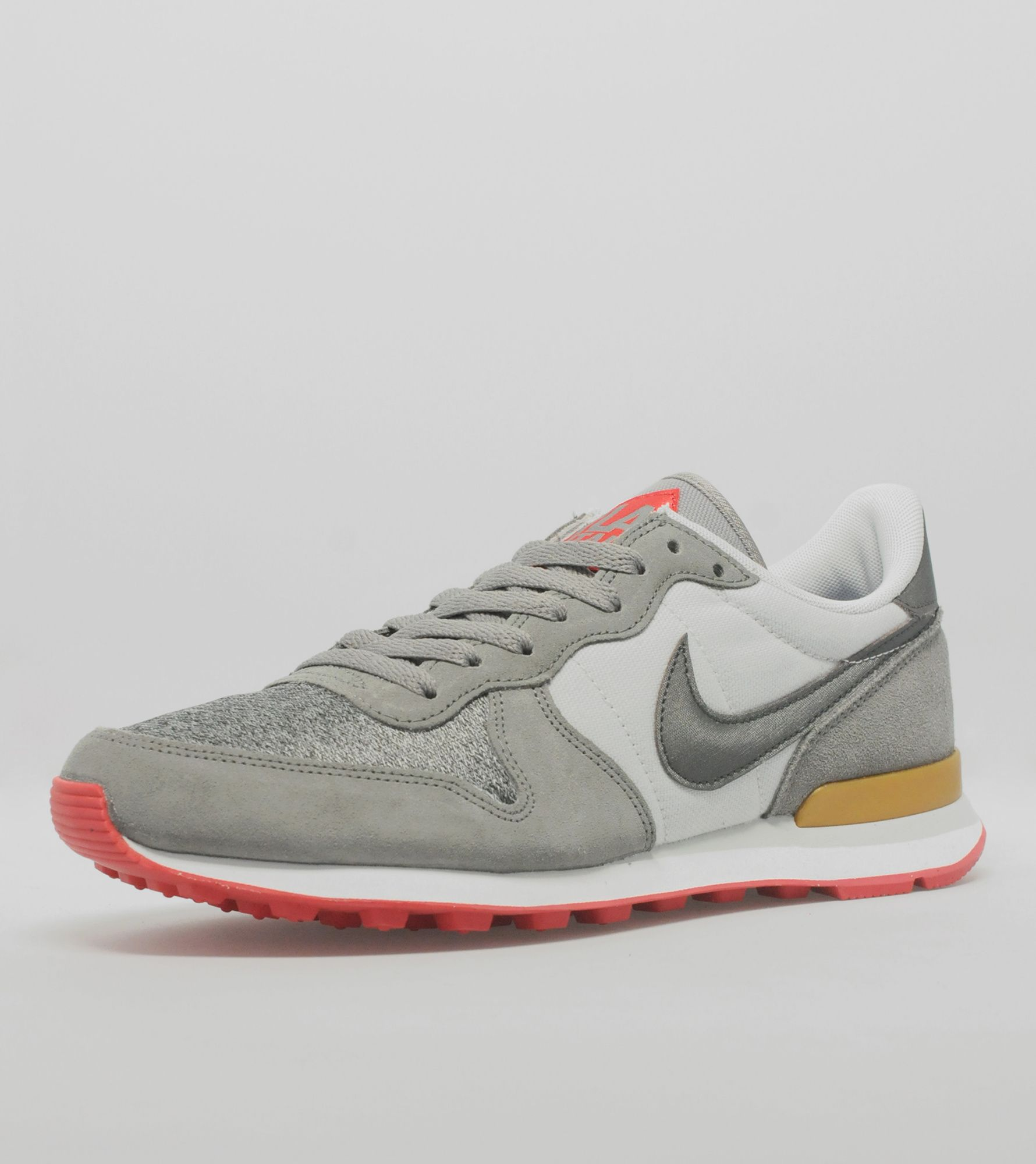 classic fit 084ee e6c47 ... internationalist men 61ed7 f6774 new zealand nike internationalist  quickstrike milan city pack 0ef69 fd44b ...