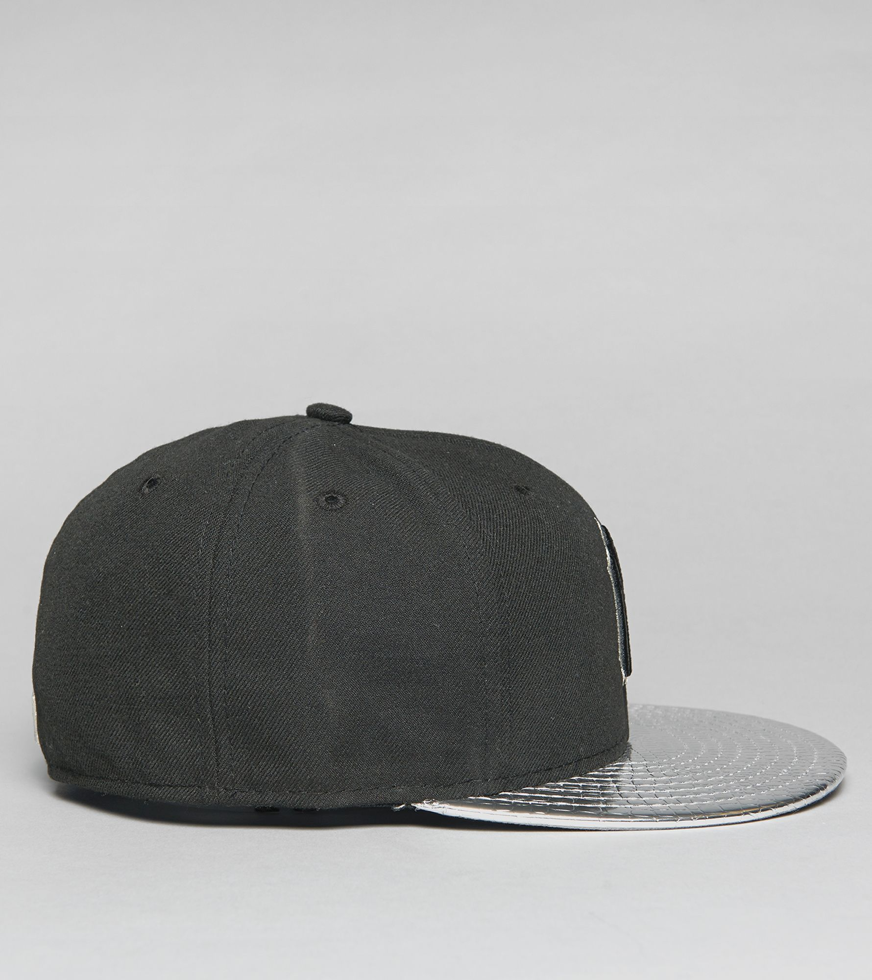 61d1f25f861 ... coupon for new era metallic new york yankees 59fifty fitted cap c00ac  e8caf