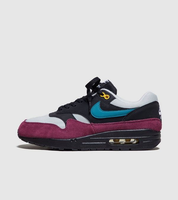 hot sale online cfa01 9bc47 Nike Air Max 1 OG Womens  Size