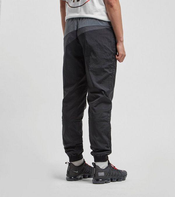 f50164d2f8af Nike Sportswear Swoosh Woven Pants