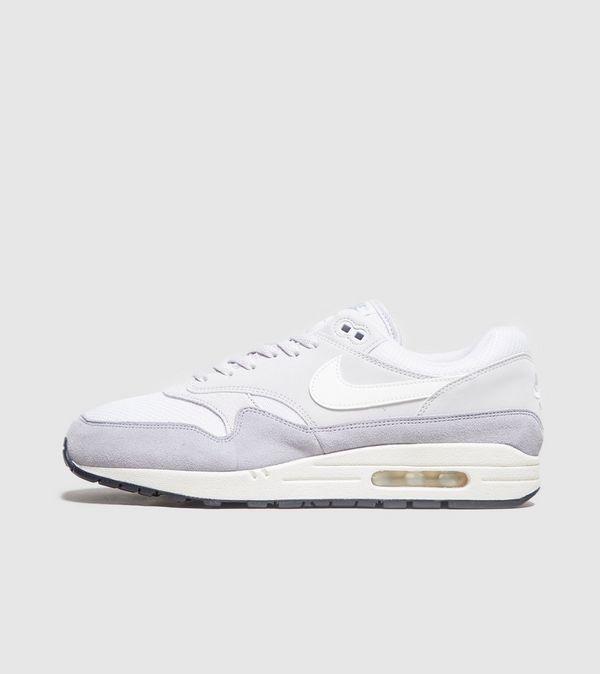 f21ac98826410c Nike Air Max 1 Essential