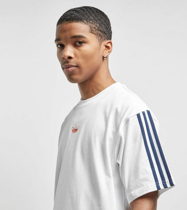 premium selection 64dd9 04fd0 adidas Originals Floating Short Sleeve T-Shirt