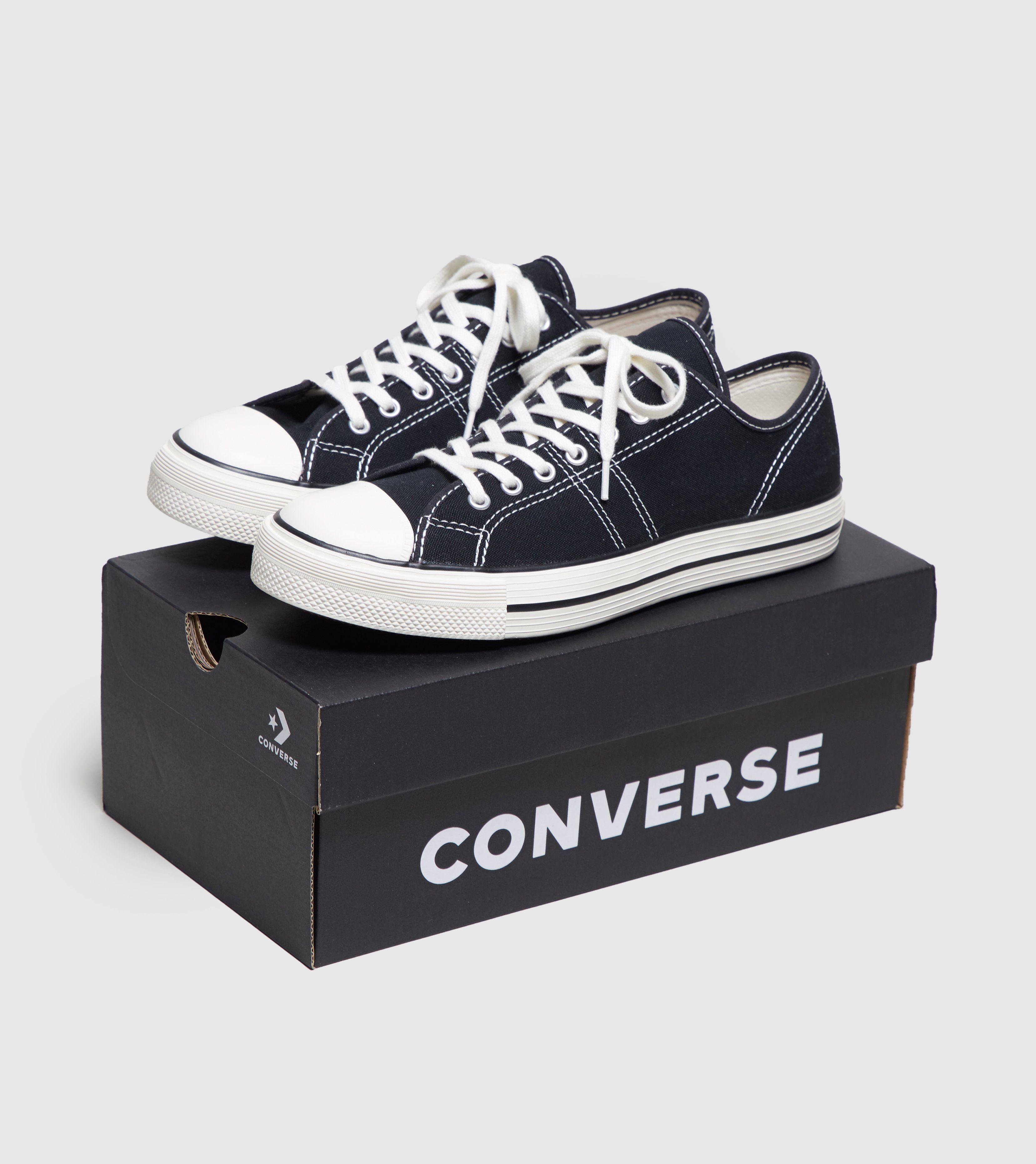 Converse Lucky Star Ox Women's