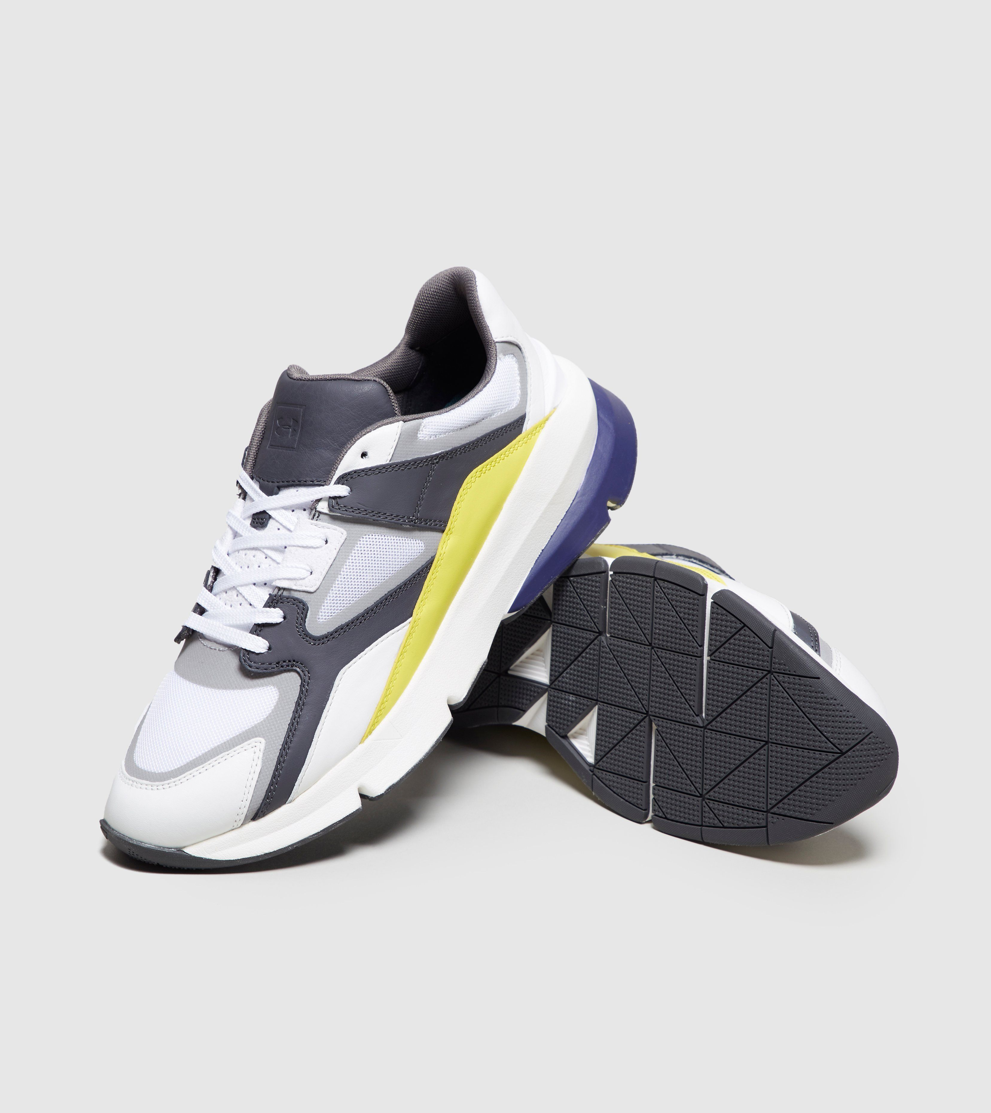 Under Armour Forge 96 Track