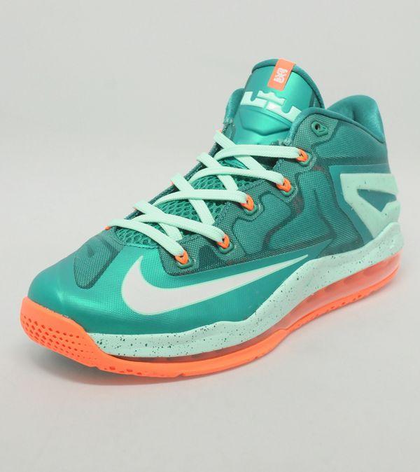 0e62ffdeaf24 Nike LeBron XI Low  Mystic Green